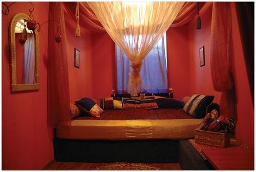 Красная комната Eize_a10
