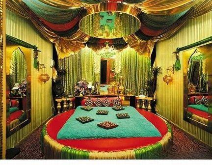 Желтая комната Ueie_a10