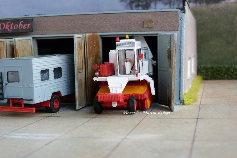 """LPG """"Roter Oktober"""" verschiedene Fahrzeuge im Design dieser LPG - Seite 3 1310"""