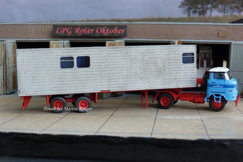 """LPG """"Roter Oktober"""" verschiedene Fahrzeuge im Design dieser LPG - Seite 4 4010"""