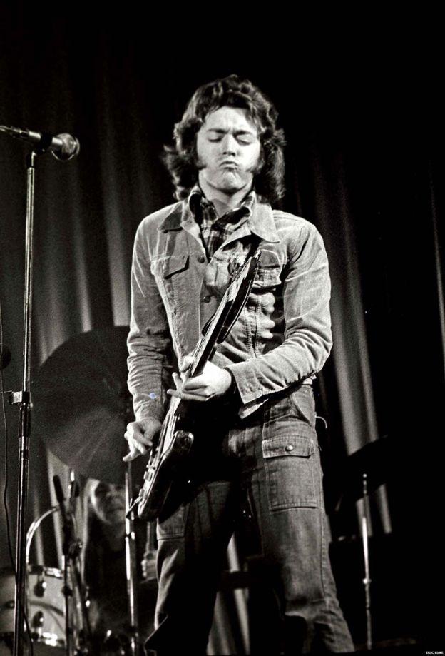 Le jean à poches de Rory - Page 4 Rory_g12