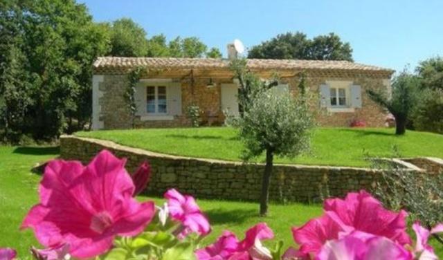 Gite L'Aiguier Mas en pierre avec piscine à Gordes, Luberon, 84220 Gordes (Vaucluse) Capt510