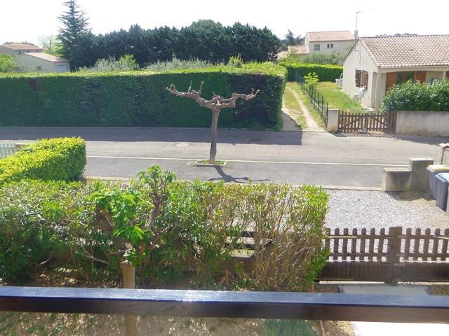 Location vacances T2 1er étage près du Canal du Midi, 34440 Colombiers (Hérault) Vue_de10