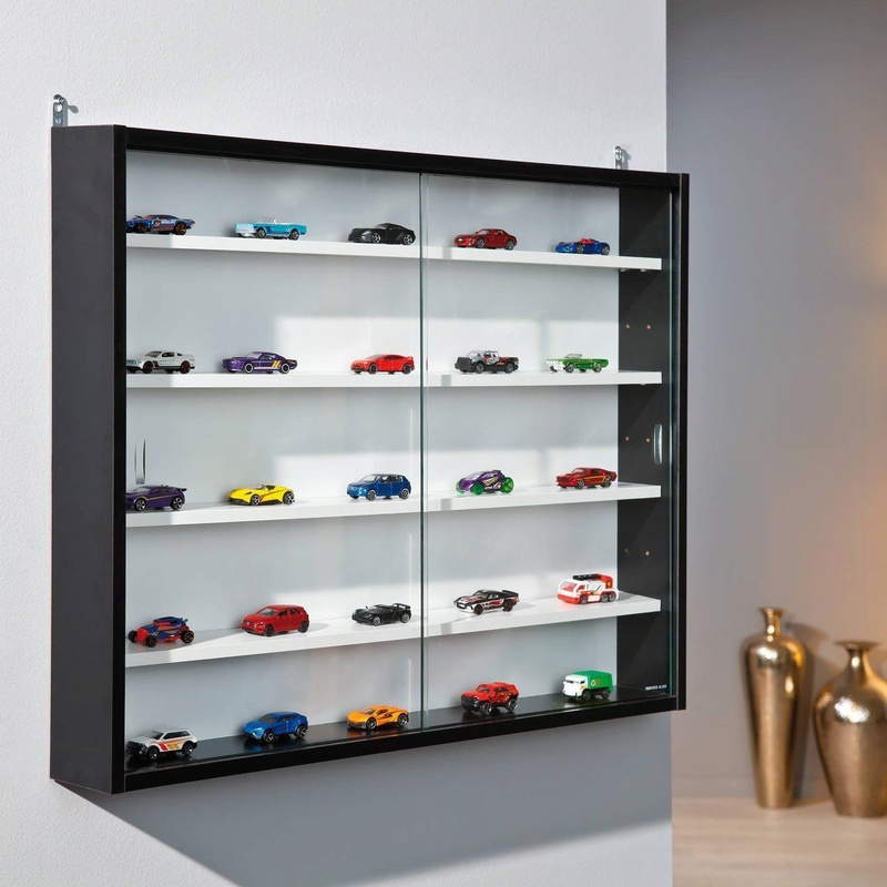 Display cabinets and model rooms, ideas please Cabine10