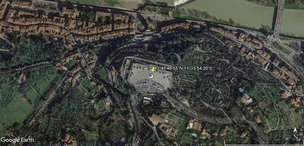 L'esplanade Michel-Ange (Piazzale Michelangelo) à Florence en Italie.  Esplan10