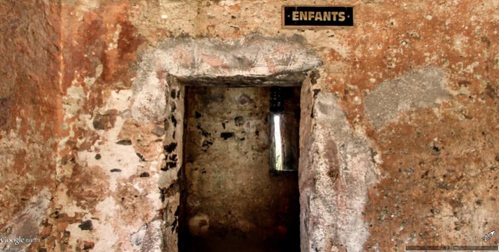 Histoire de la traite des êtres humains à Gorée au Sénégal. Maison19