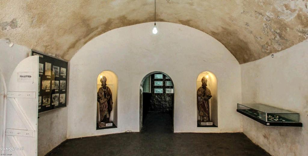 Histoire de la traite des êtres humains à Gorée au Sénégal. Musye_16