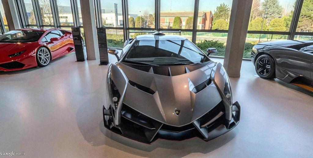 Musée Lamborghini à Sant'Agata Bolognese en Italie. Musye_30