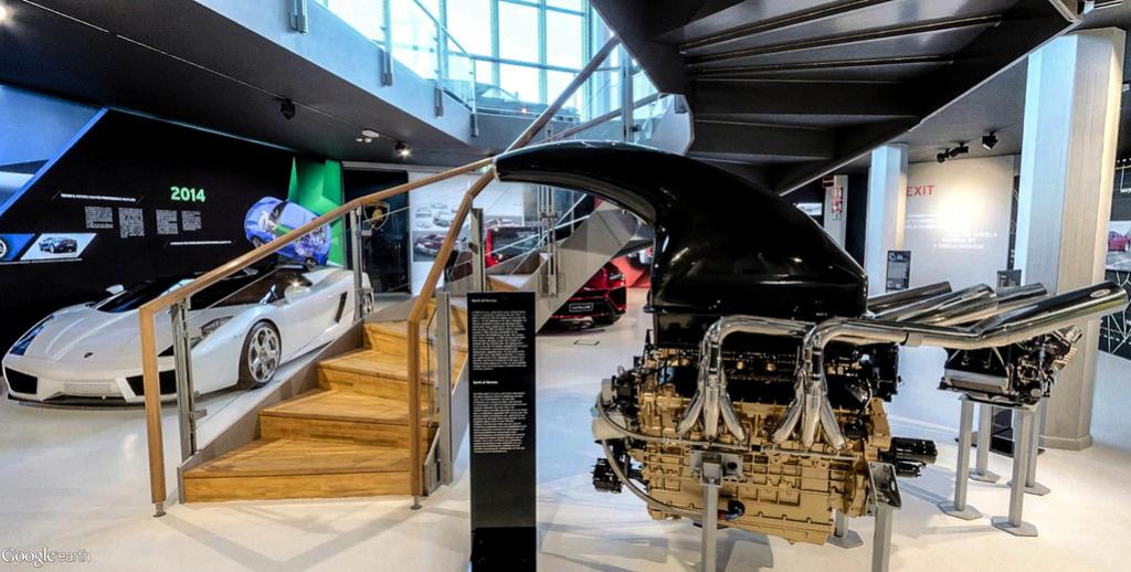 Musée Lamborghini à Sant'Agata Bolognese en Italie. Musye_31