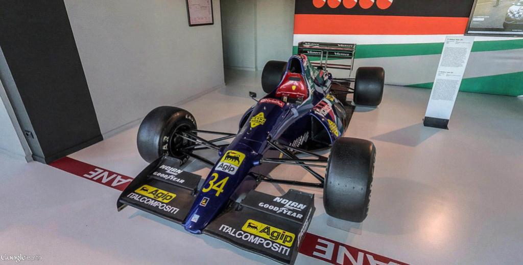 Musée Lamborghini à Sant'Agata Bolognese en Italie. Musye_32