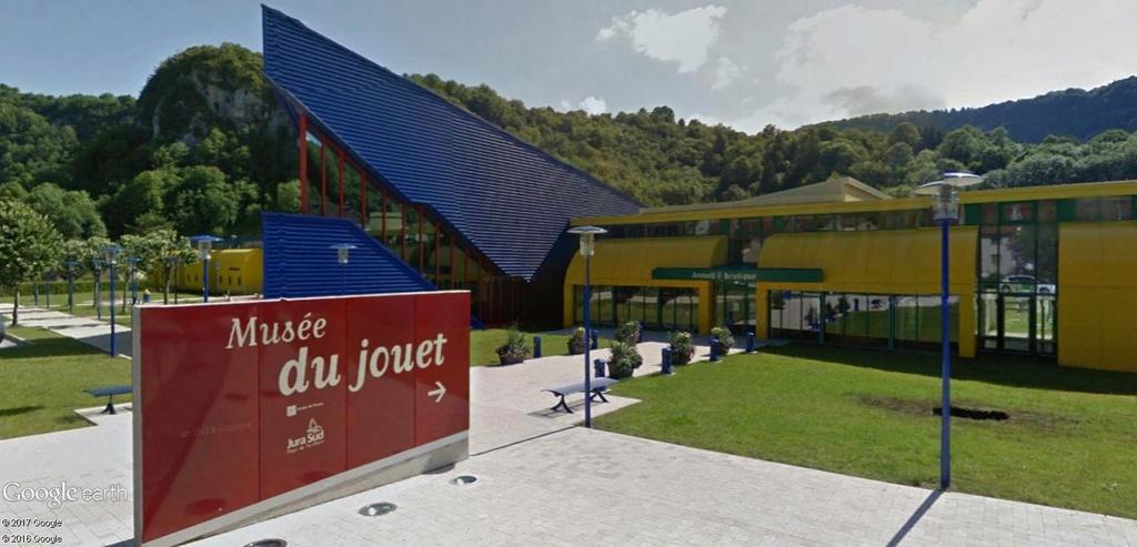 Le musée du Jouet de Moirans-en-Montagne dans le Jura en France. Musye_35