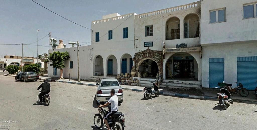 Potiers et poteries à Guellala sur l'île de Djerba en Tunisie. Poteri11
