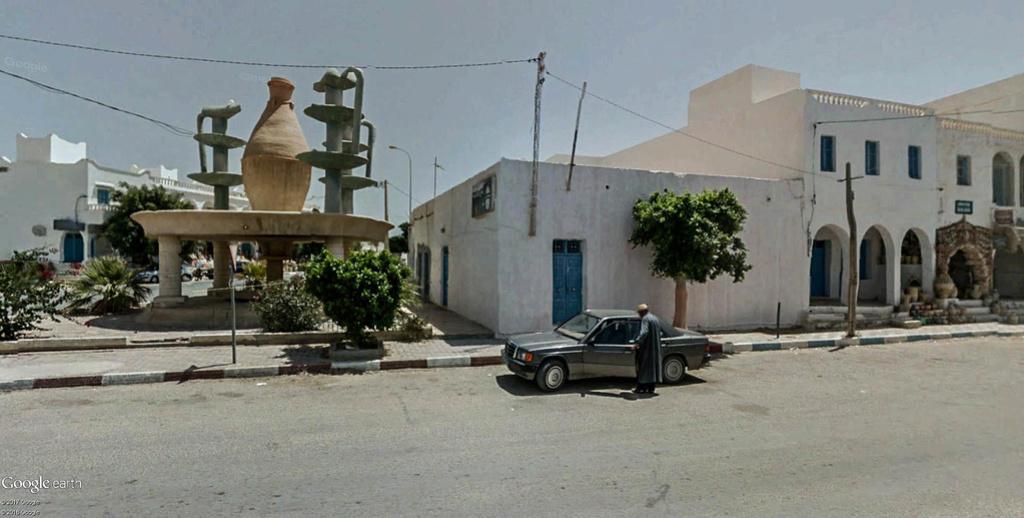 Potiers et poteries à Guellala sur l'île de Djerba en Tunisie. Poteri13