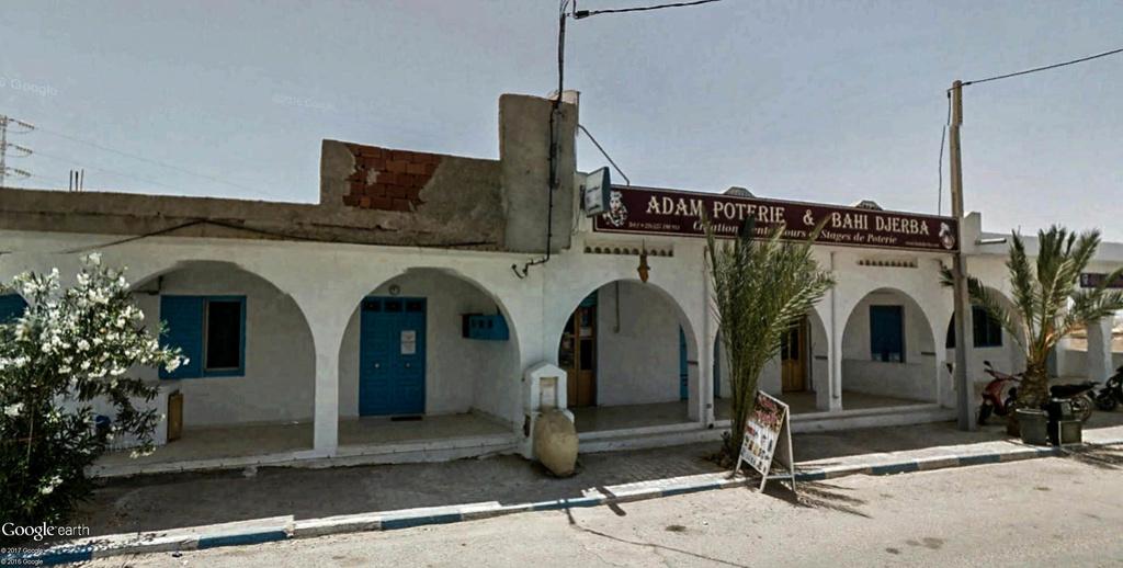 Potiers et poteries à Guellala sur l'île de Djerba en Tunisie. Poteri19