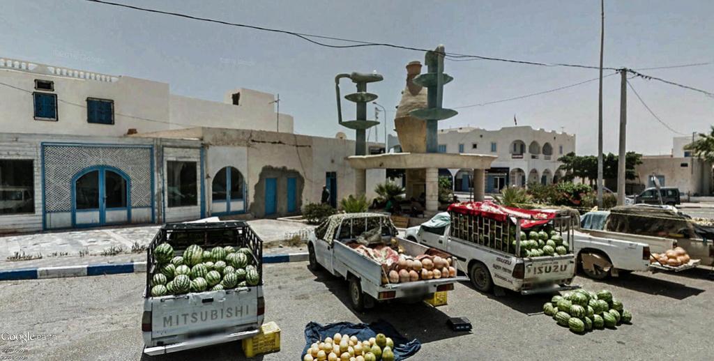 Potiers et poteries à Guellala sur l'île de Djerba en Tunisie. Poteri21