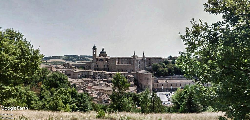 STREET VIEW : Les panoramas - Page 5 Urbino10
