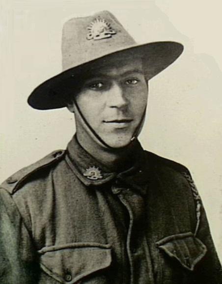 [Commémoration du Centenaire de la Première Guerre -Mondiale] - Page 3 Zoom_113