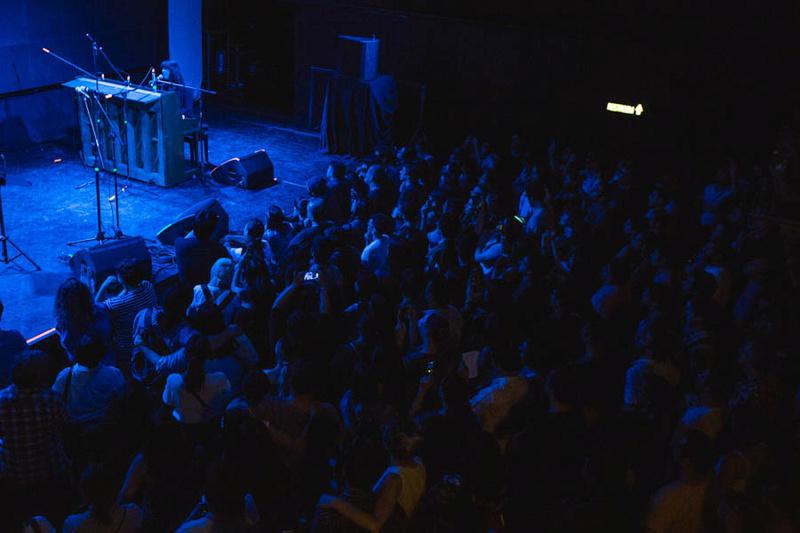 2/28/17 - Santiago, Chile, Vivo Club Amanda Estudio Estereo Catpow36