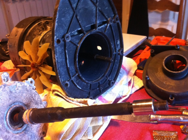 pompe Filwat condensateur cramé et pas d'entrainement  Img_0810