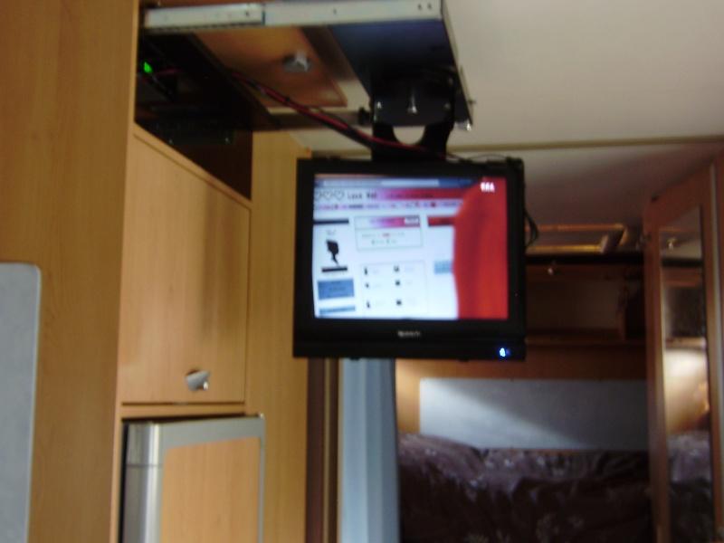 Je recherche une nouvelle télévision pour mon Titi P1290017
