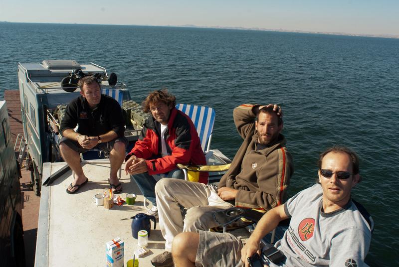 Le Lac Nasser, Embarquement de Man Egy_mp13