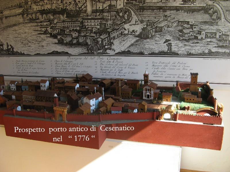 MUSEO GALLEGGIANTE [ Porto canale ] di CESENATCO 2013 Img_5211