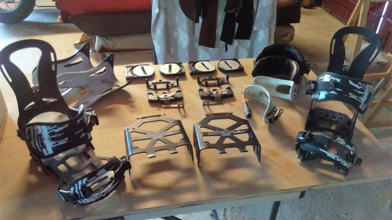 Spark Magneto+spoiler Surge+straps Cartel+pucks Spark+couteaux Sabertooth 290€ Imag0610