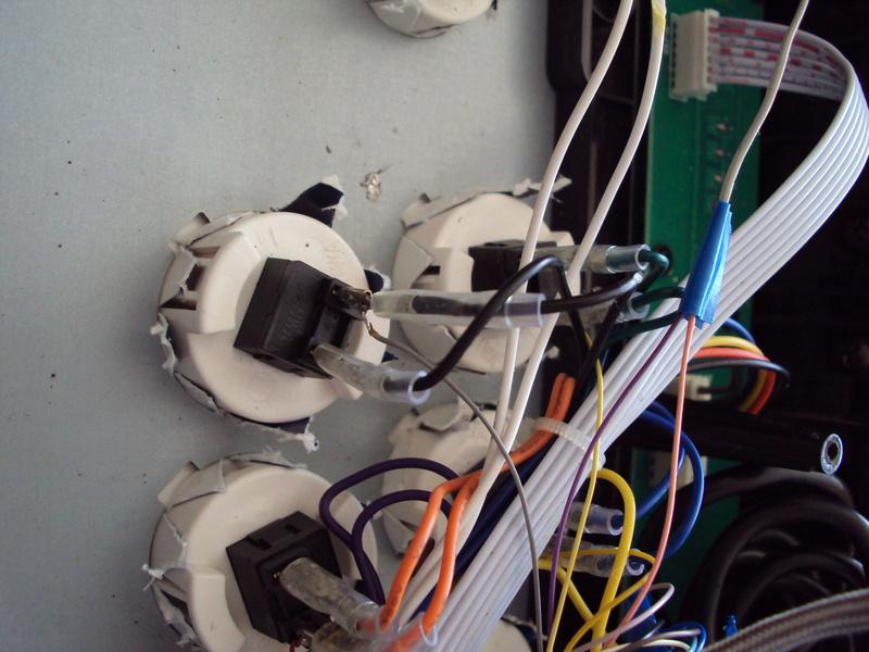 re-câbler un stick USB en DB15 - ayé Dsc02511