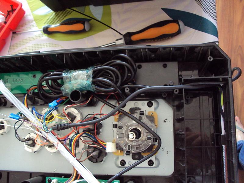 re-câbler un stick USB en DB15 - ayé Dsc02513
