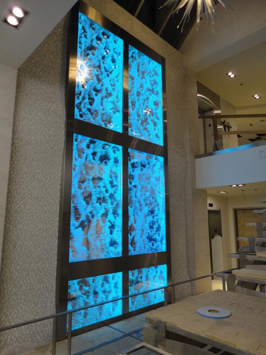 http://аква-дизайн.рф  Пузырьковые панели, Водопады зеркальные,  Пузырьковые моно панели, Водопады каменная стена, водная стена,  0552-d10