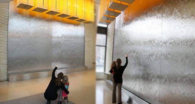 http://аква-дизайн.рф  Пузырьковые панели, Водопады зеркальные,  Пузырьковые моно панели, Водопады каменная стена, водная стена,  5-vodo10