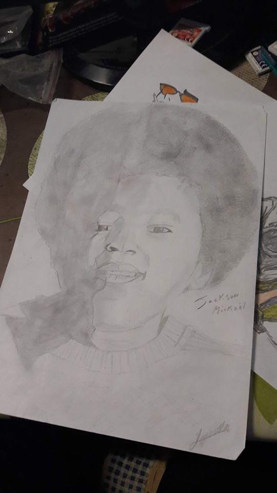 Une feuille et un crayon - Page 2 17758010