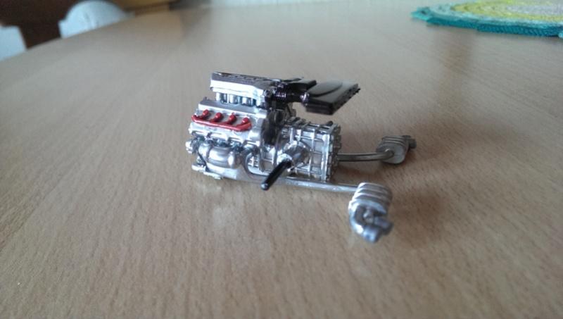 Audi R8 1:24 von Revell Imag2612