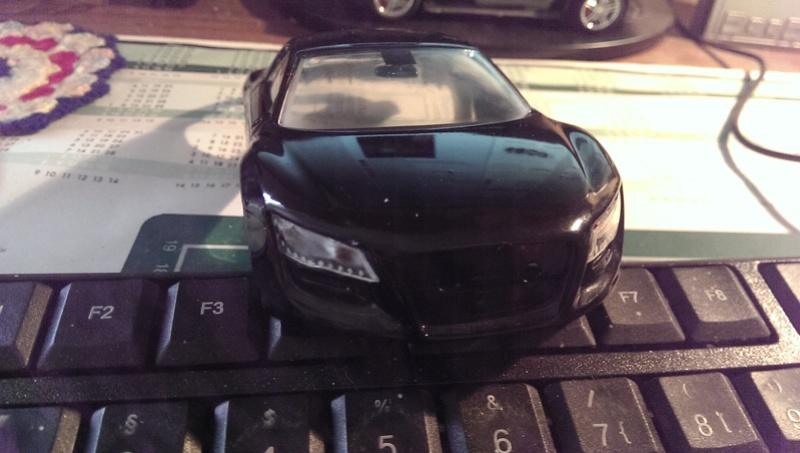Audi R8 1:24 von Revell Imag2713