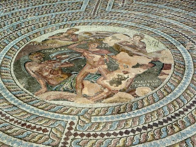 Le Symbole du Labyrinthe Musee-10