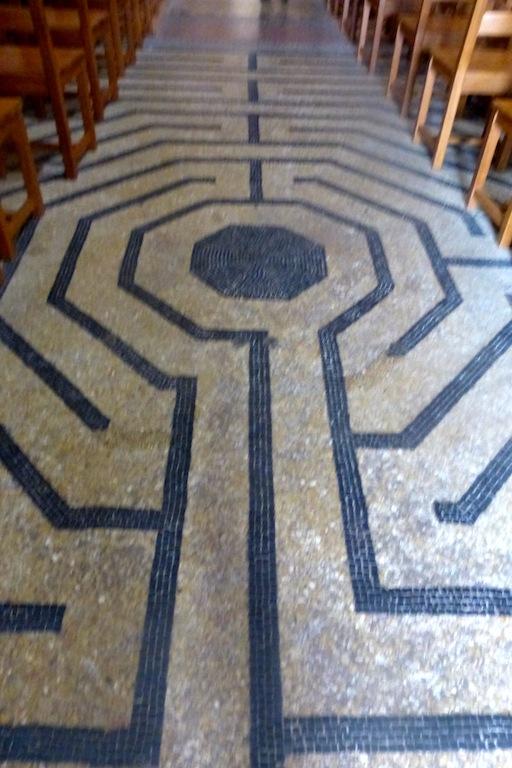 Le Symbole du Labyrinthe R9j-wh10