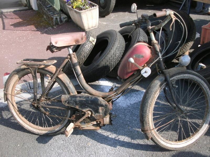 bourse auto moto cyclo tracteur ...de Courtenay Pict0011