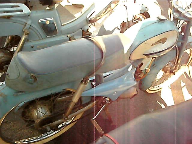 bourse auto moto cyclo tracteur ...de Courtenay Snapsh14