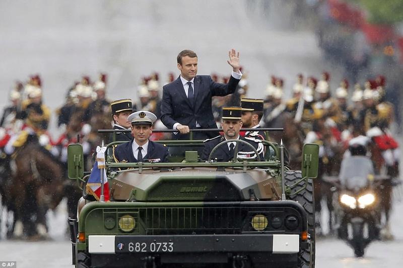EMMANUEL MACRON PRESIDENT DE LA REPUBLIQUE FRANCAISE 404e9610