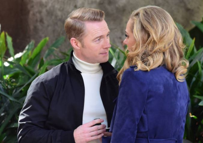 "RONAN DANS SERIE AUSTRALIENNE ""LOVE CHILD "" L10"