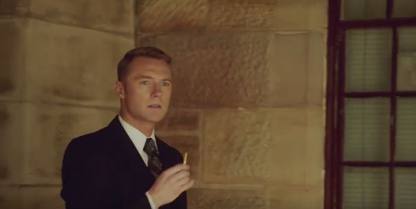 "RONAN DANS SERIE AUSTRALIENNE ""LOVE CHILD "" La10"