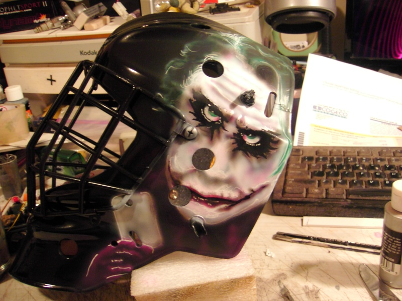 Painting a Goalie Mask Pdr_2610