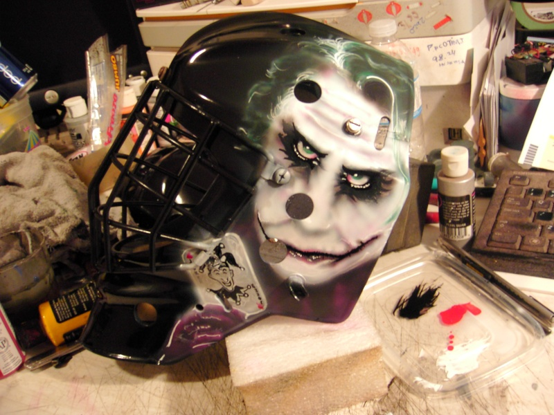 Painting a Goalie Mask Pdr_2612
