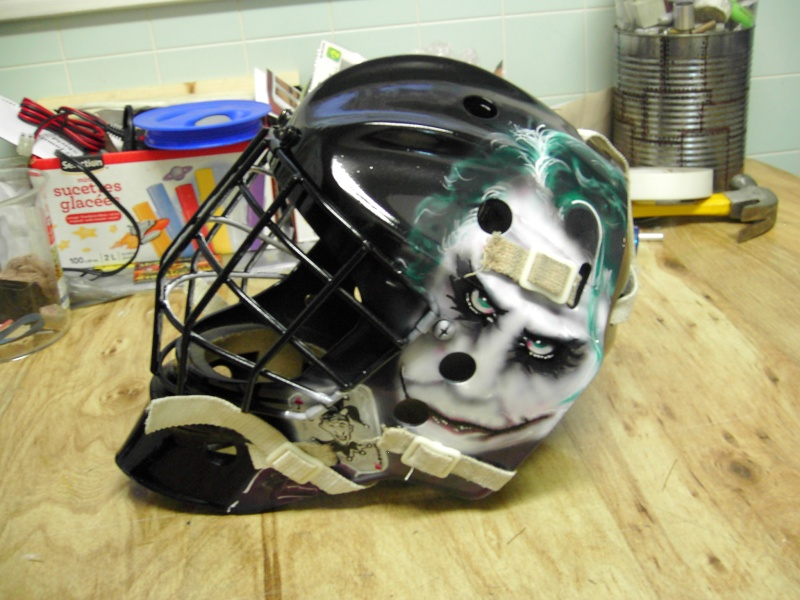 Painting a Goalie Mask Pdr_2621