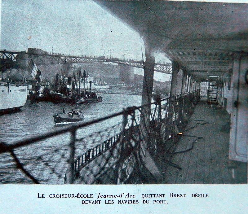 CROISEUR ÉCOLE JEANNE D'ARC - Page 12 Monde_28