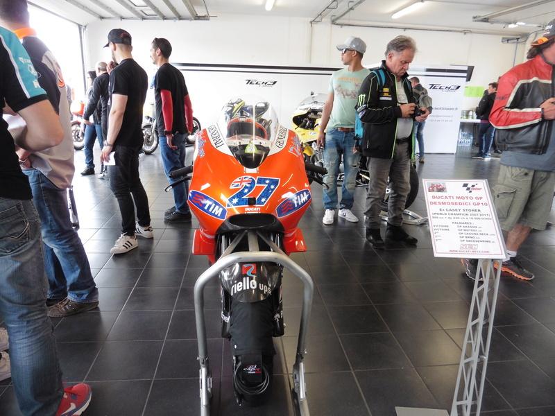 Ducati de Casey stoner à la SRC P1110010