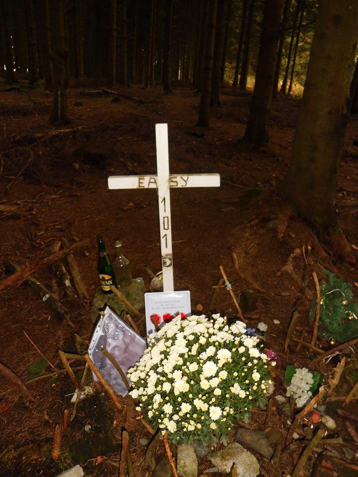 encore un frère d'armes de disparu RIP Franck J.Perconte 99912210