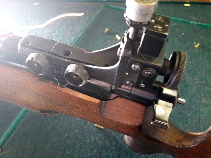 Carabines .22lr Anschutz 54 Match Camera11