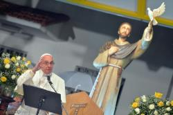 """**  Être Témoins à travers la vie """" Pape François ** Pape_f10"""