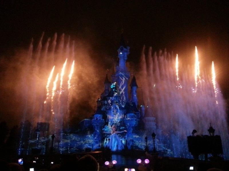 une journée magique à Disney en amoureux pour la saison de noel le 27 novembre - Page 14 Image127